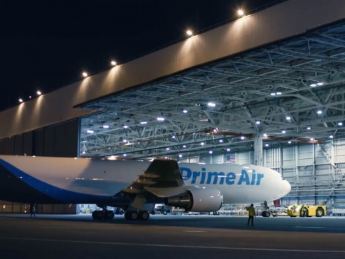 Amazon expands shipping with $1.5 billion air cargo hub